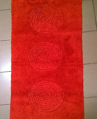 Bagno tappeto bagno modello eclisse variante rosso - Tappeto bagno rosso ...